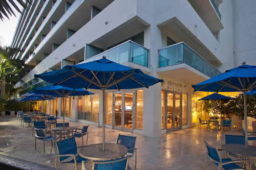 Crowne-Plaza-Hollywood-Beach-Resort-Hotel-outside