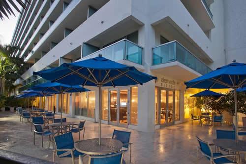 Crowne-Plaza-Hollywood-Beach-Resort-Hotel-outside