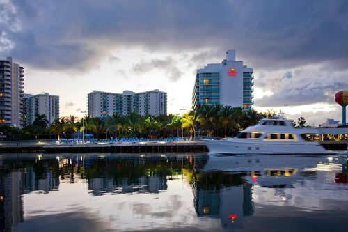 Crowne-Plaza-Hollywood-Beach-Resort-Hotel-view-1