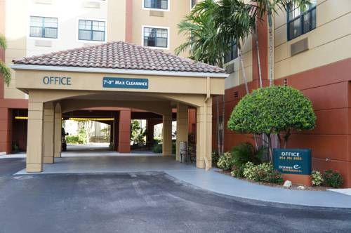 Extended-Stay-America-Fort-Lauderdale-Convention-Ctr-Cruise-Port-front