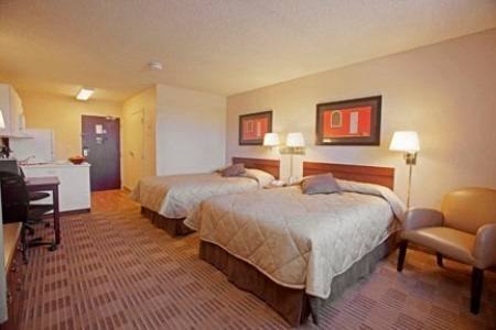 Extended-Stay-America-Fort-Lauderdale-Convention-Ctr-Cruise-Port-room-4