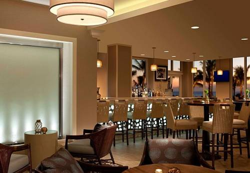 fort-lauderdale-marriott-pompano-beach-resort-spa-bar-restaurant1