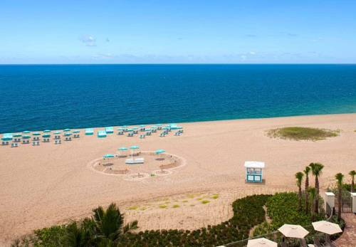 fort-lauderdale-marriott-pompano-beach-resort-spa-beach1