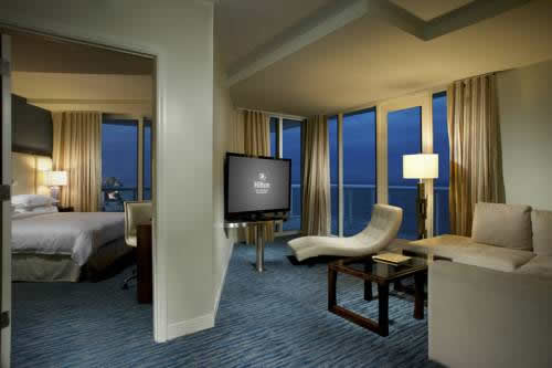 hilton-fort-lauderdale-beach-resort-suite