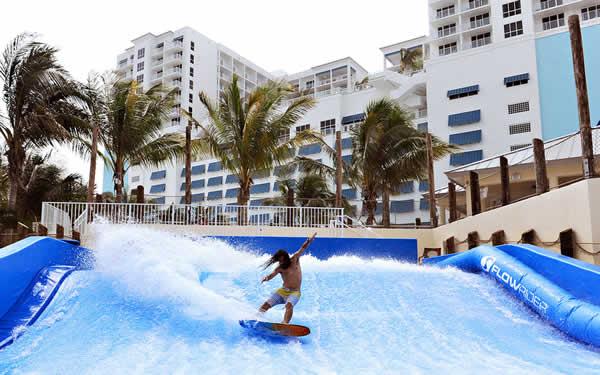 hollywood-beach-margaritaville-beachfront-resort-florider-surfing