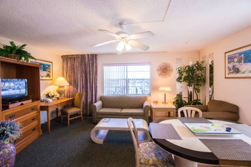 shore-haven-resort-inn-lauderdale-by-the-sea-kitchen-suite