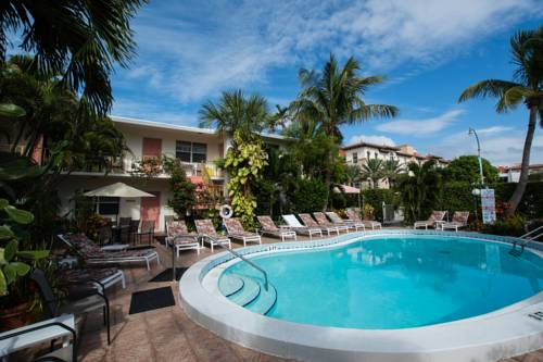 shore-haven-resort-inn-lauderdale-by-the-sea-pool