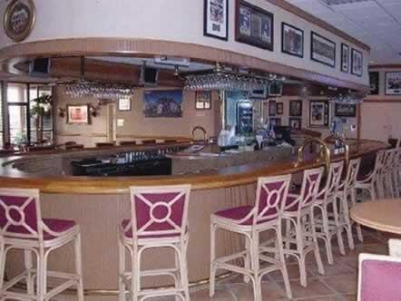 stadium-hotel-miami-dolphins-stadium-bar