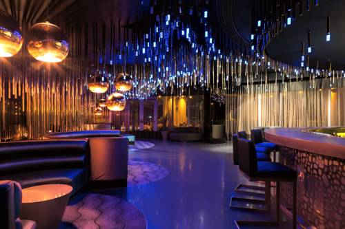 w-hotel-fort-lauderdale-bar-nightclub