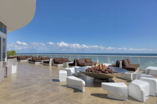 w-hotel-fort-lauderdale-beachfront-fire-pit-2