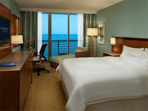 westin-beach-resort-fort-lauderdale-beach-oceanfront-bed-room